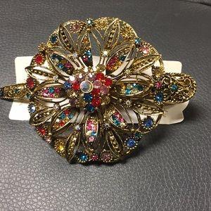 Bridal hair clip for wedding